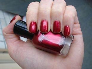 Модный маникюр, маникюр на коротких ногтях красным лаком