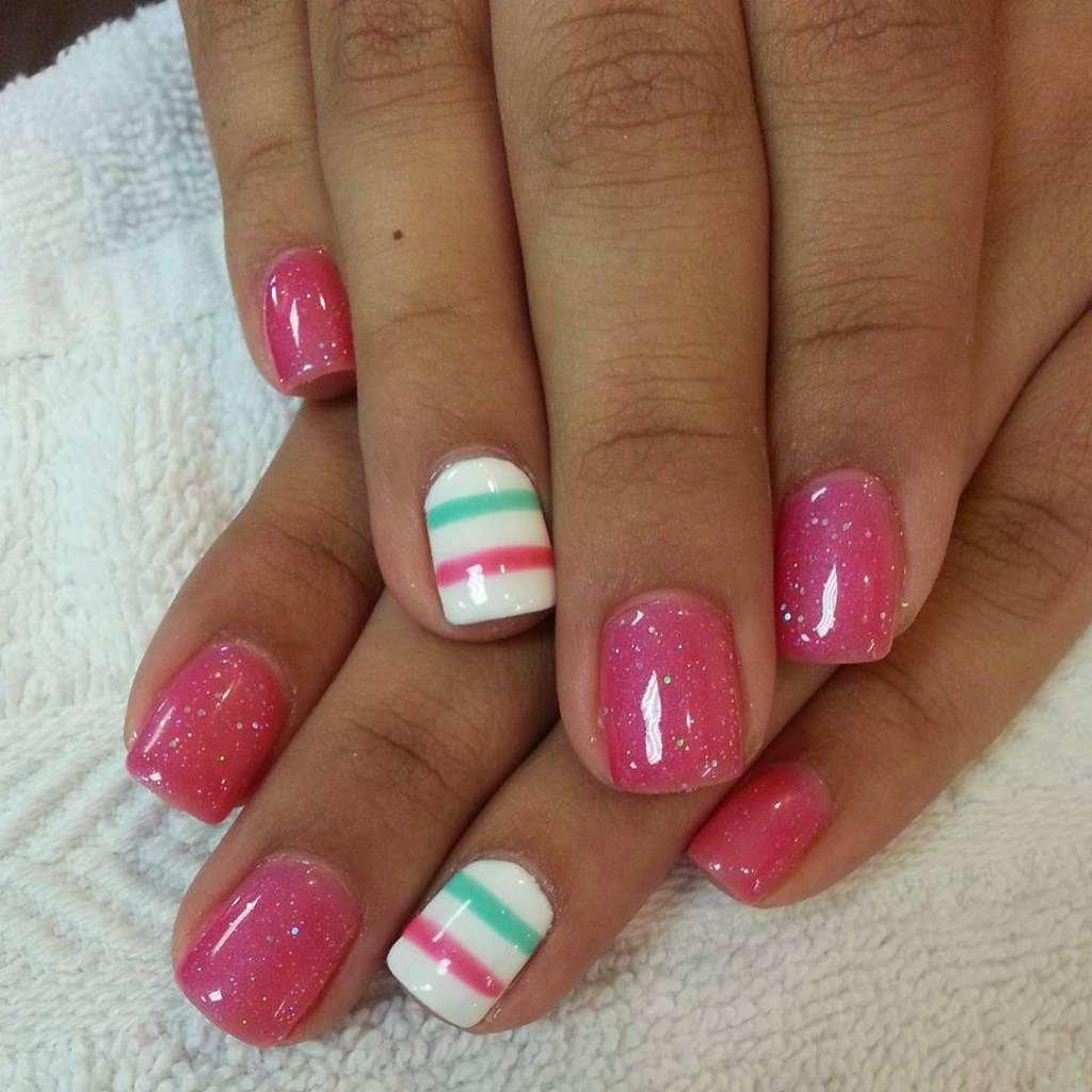 Бело-розовый маникюр гель лак