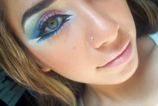 Арт макияж, модный макияж в стиле диско