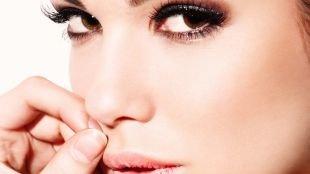 Макияж для карих глаз под синее платье, красивый макияж для карих глаз
