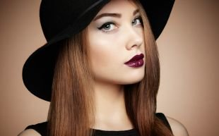 Макияж в цветах марсала, макияж для серых глаз - стрелки