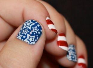 """Синий маникюр, маникюр """"американский флаг"""" на коротких ногтях"""