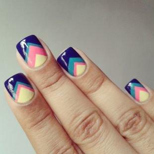 маникюр на короткие ногти фото с полосками
