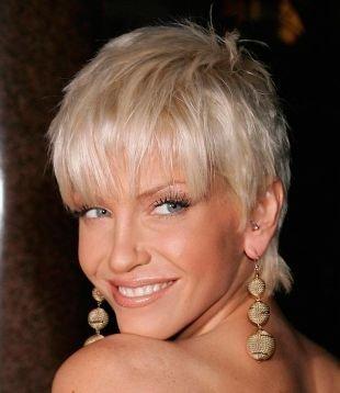 Модные женские прически на короткие волосы, вечерняя прическа на короткие волосы