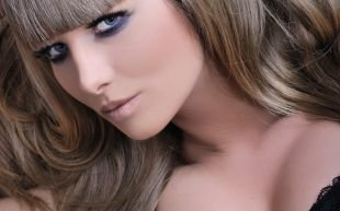 Макияж для шатенок, выразительный макияж для голубых глаз