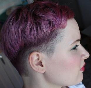 Цвет волос баклажан на короткие волосы, короткие фиолетовые волосы