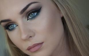 Вечерний макияж под синее платье, праздничный макияж для голубых глаз