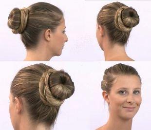 Прически для круглого лица на длинные волосы, универсальная прическа с бубликом